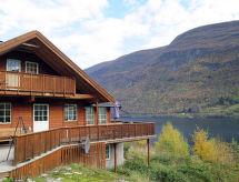 Sognefjord, Nordfjord, Sunnfjord - Vakantiehuis Arnafjord (FJS608)