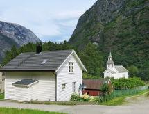 Sognefjord, Nordfjord, Sunnfjord - Vakantiehuis Ferienhaus (FJS384)