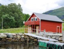 Møre og Romsdal - Vakantiehuis Naustet (FJM230)