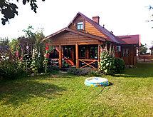 Waszkiewicza med hegn og terrasse