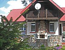 ęcki 1 mit Bett für Baby und Feuerstelle