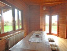 Drewniany z bala