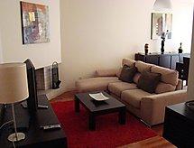 Apartamento T2 Tv ile ve Fırınla