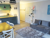Apartamento Milfontes with tv and microwave