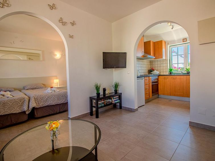 Gorgeous studio apartment in the Old Village - 8