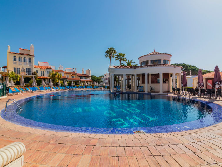 Beautiful three bedroom apartment in the old village Apartment in Vilamoura