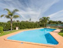 Guia - Holiday House Villa Club