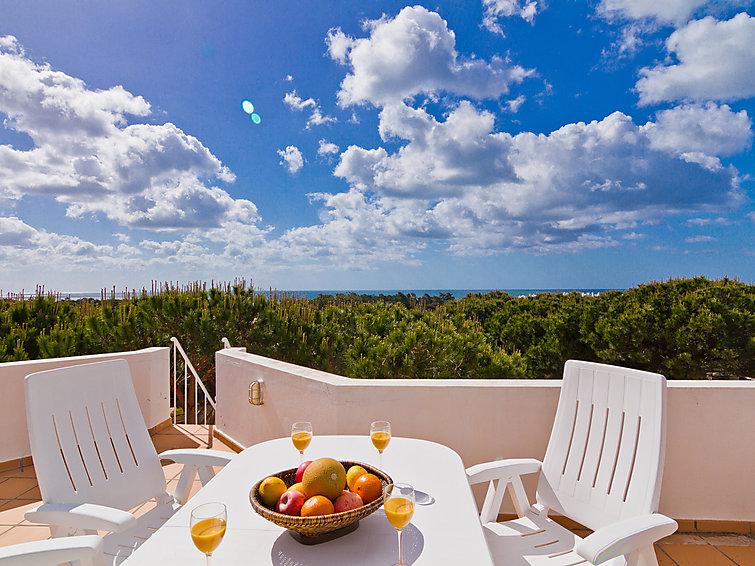 Villa Casa Praia Verde (8p) met prive zwembad en dichtbij het strand in Monte Gordo, Portugal (I-237)