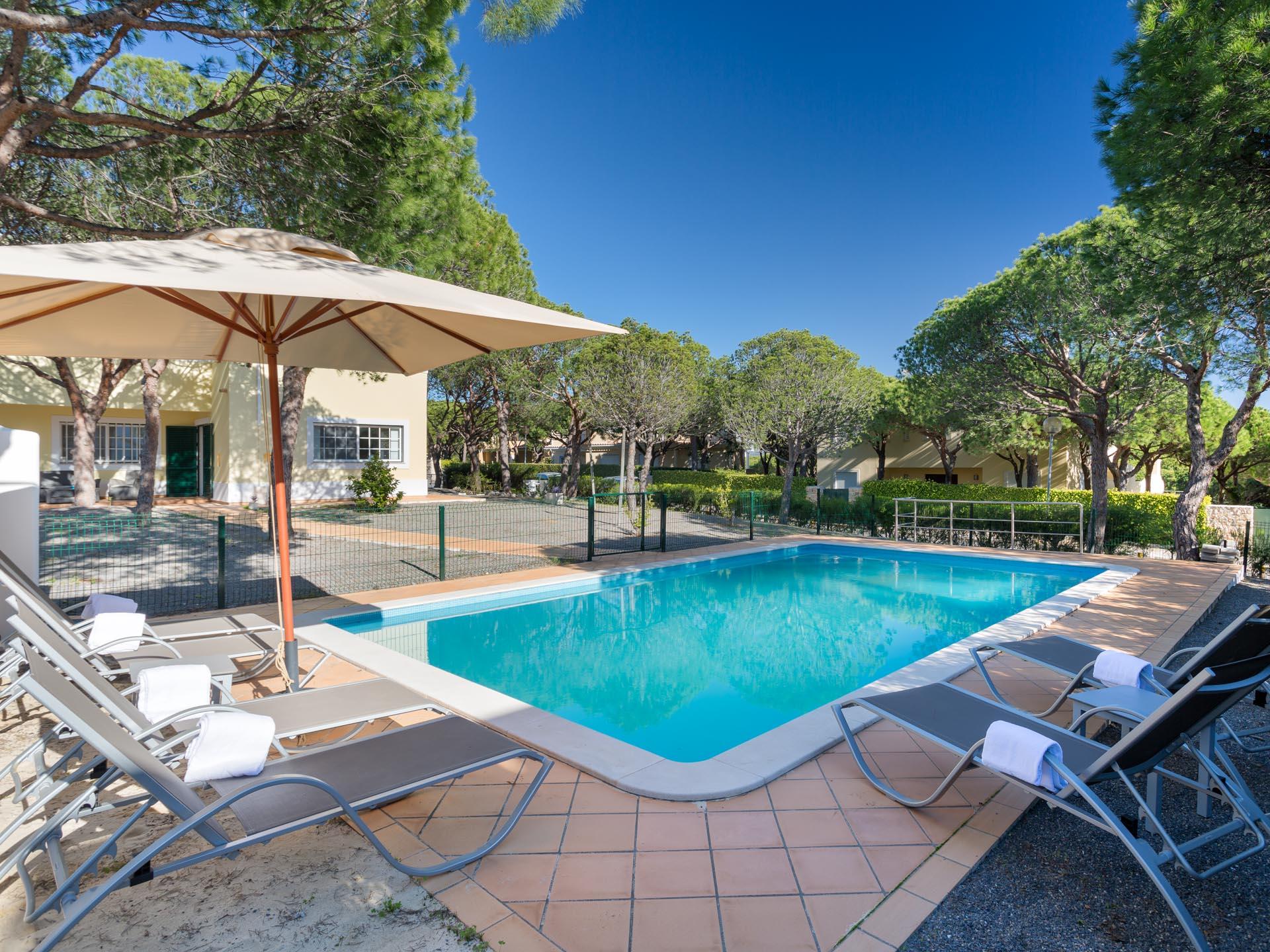 ferienhaus villa royal in castro marim portugal interhome. Black Bedroom Furniture Sets. Home Design Ideas