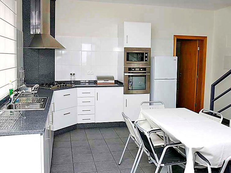 Holidaybungalow A Casa do Lagar located in a vineyard (5p) (PT8500.200.1)