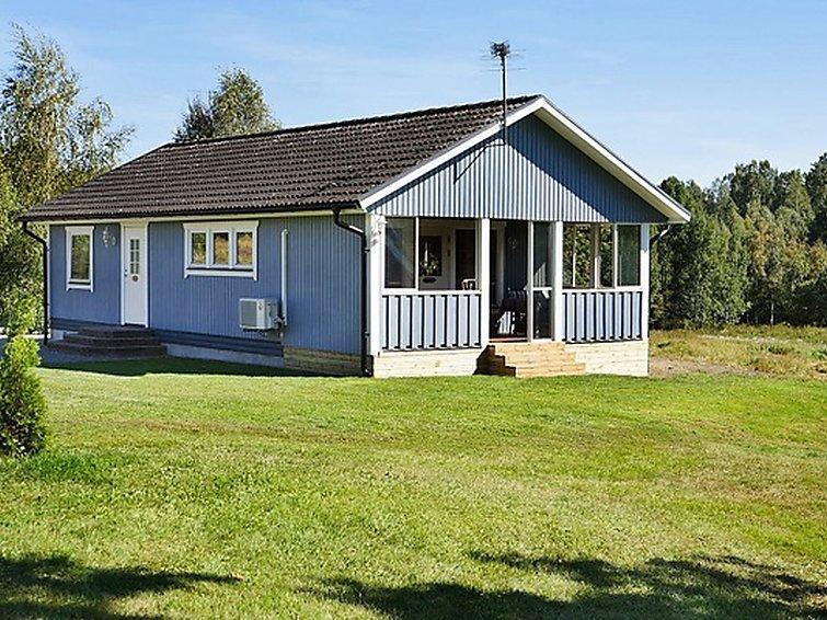 Ferie hjem Valdemarsvik med ovn og have