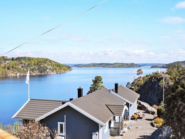 met je hond naar dit vakantiehuis in Henån