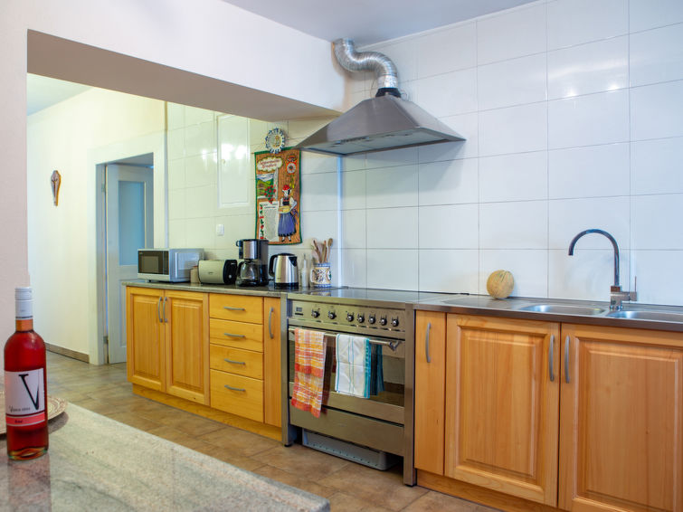 Villa Anton - Accommodation - Podgrad
