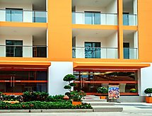 C-View Residence with WiFi und mit Ofen