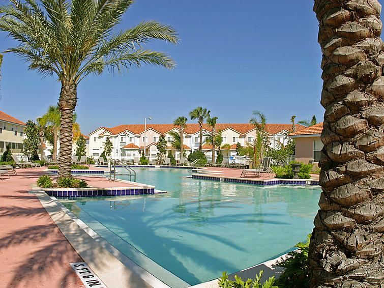 Runaway Beach Resort Apartments 1