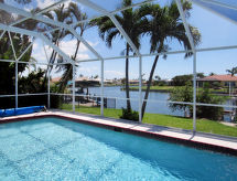 Cape Coral - Vacation House On Water (CCR432)