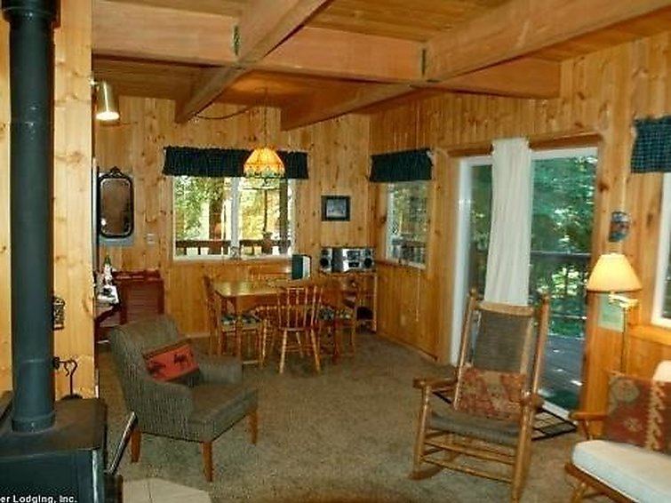 32MBR Private Pet Friendly Cabin - 2
