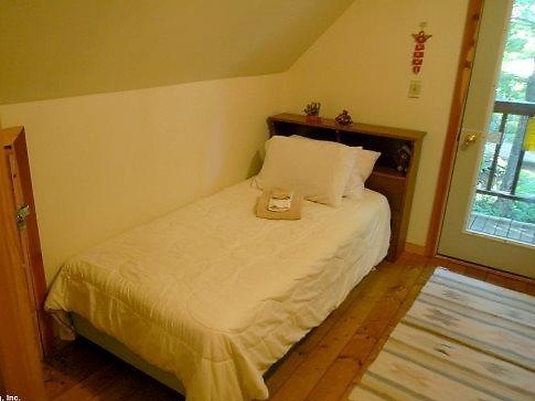 32MBR Private Pet Friendly Cabin - 10