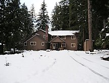 03MBH The Glacier Lodge Sleeps 26!
