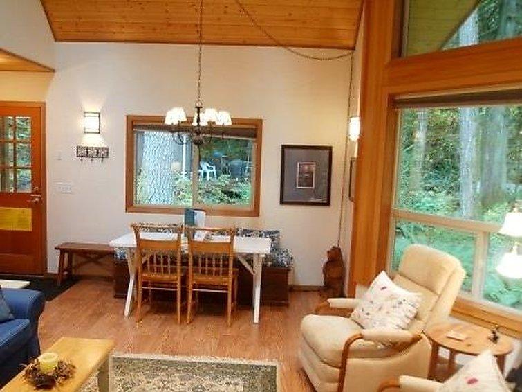 04SL Cedar Cabin with Hot Tub! - Chalet - Mt. Baker