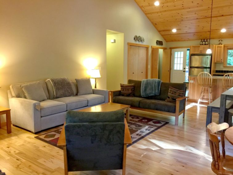65GS-Ranch Style Family Cabin - Chalet - Mt. Baker
