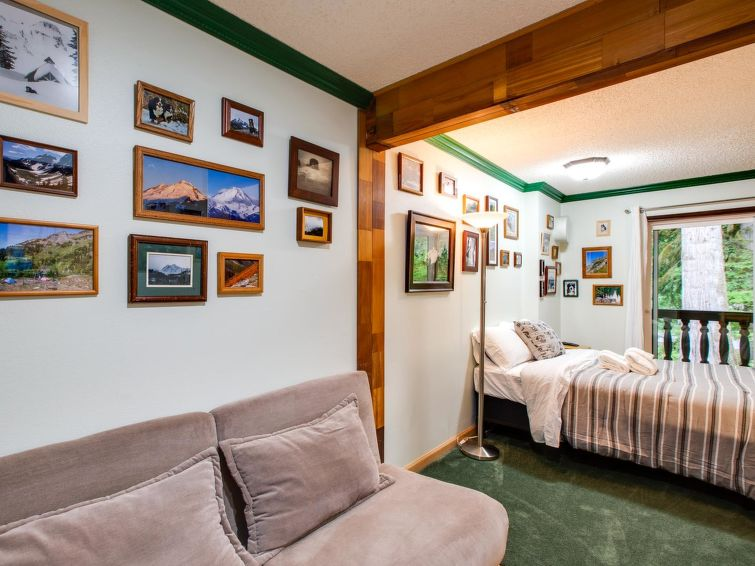 64SLL Condo near Skiing and Hiking