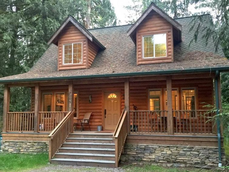 89GS A Country Cabin With Hot Tub!