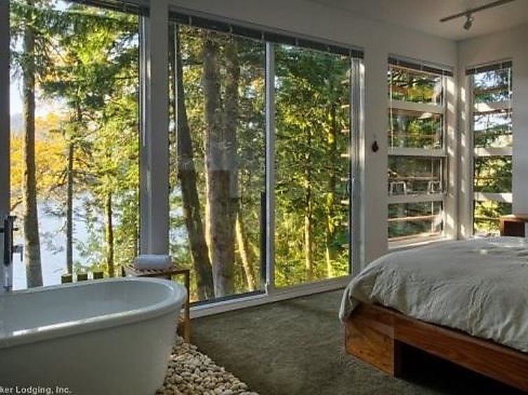 83MF Dream Home Over Silver Lake - Chalet - Maple Falls