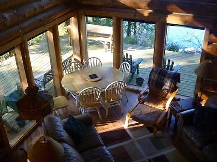 97MF Lakefront Cabin w/Private Dock - Chalet - Maple Falls